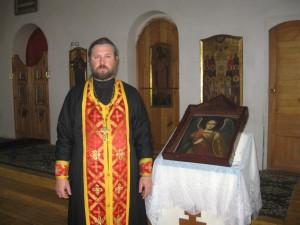 настоятель храма протоиерей Андрей Москаленко